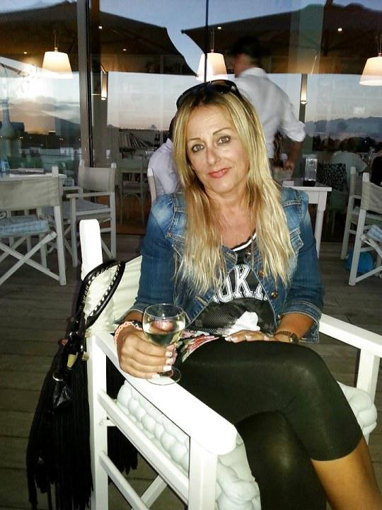 Annita uit Brussels Hoofdstedelijk Gewest,Belgie